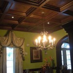 Coffered-Ceiling-in-Wood-with-Chandelier-in-Dining-Room1-e1378833270149